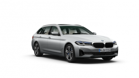Renting BMW Serie 5 520e Touring