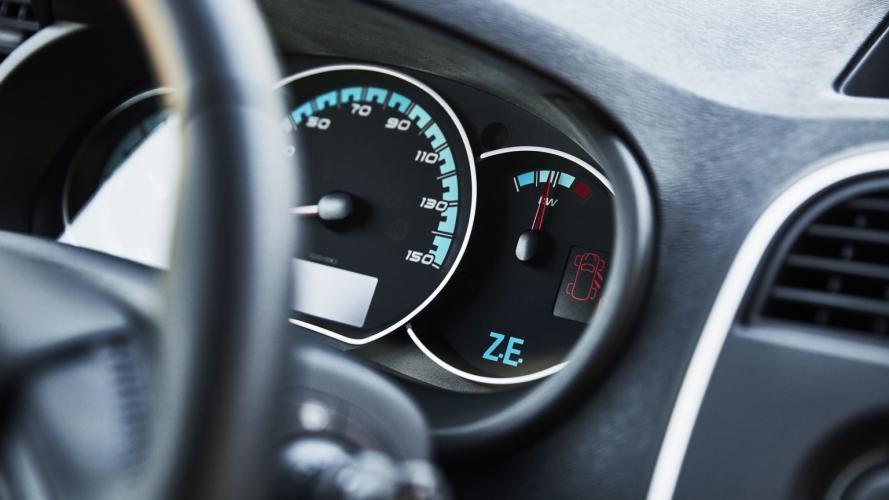 Renault_Kangoo_Maxi_ZE33-15@2x
