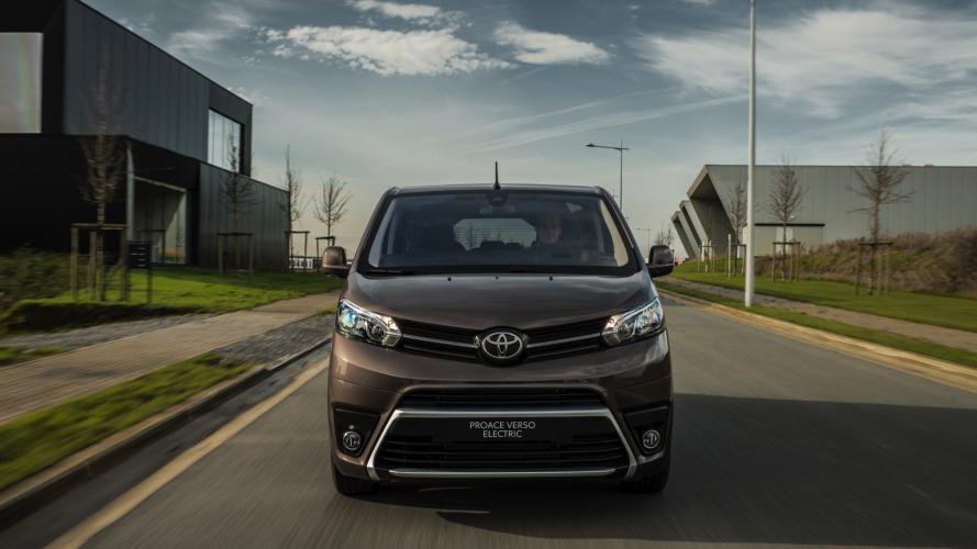 Toyota_PROACE_Verso-14@2x