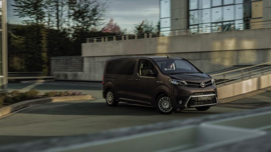 Toyota_PROACE_Verso-15@2x