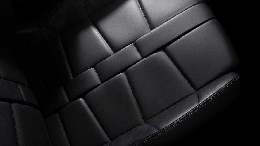 ds-automobiles-3-crossback-e-tense-ds-crossback-15@2x
