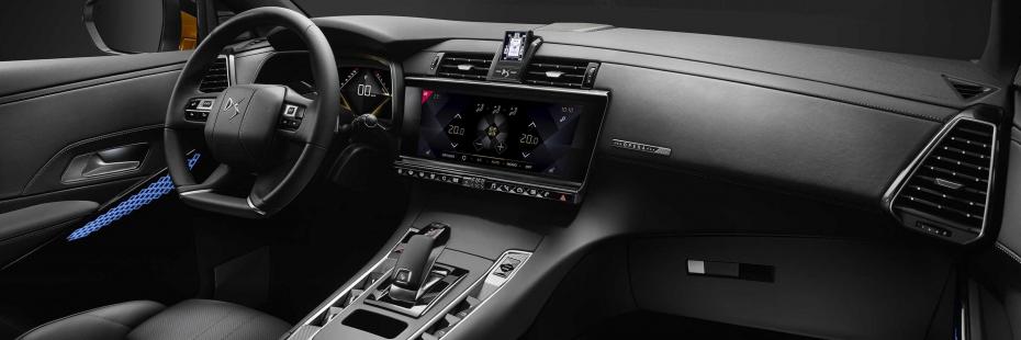 ds-automobiles-7-crossback-e-tense-300-4x4-ds-7-crossback-e-tech-300-moveco-7