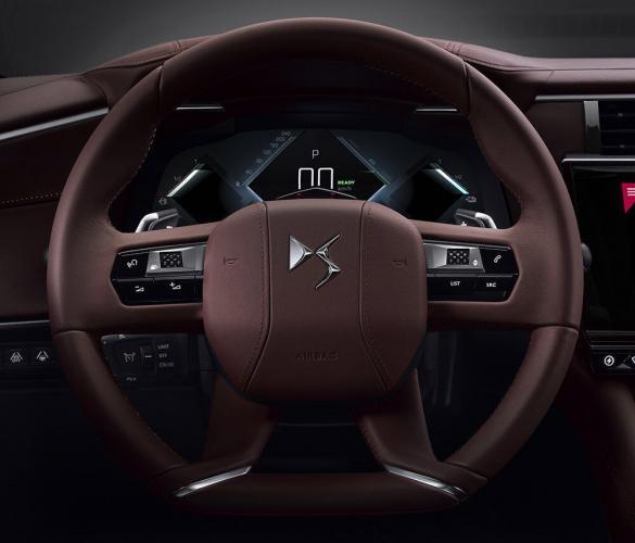 ds-automobiles-9-ds-e-tech-moveco-4