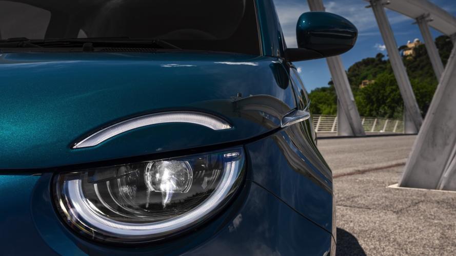 fiat-500-berlina-action-hatchback-2020-18@2x