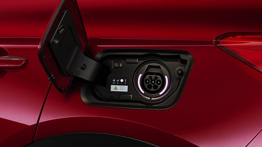 opel-grandland-x-phev-16-turbo-4x4-hybrid4-09@2x