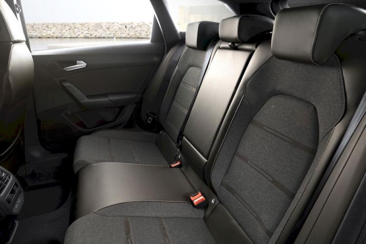 seat-leon-e-hybrid-hibrido-enchufable-moveco-11