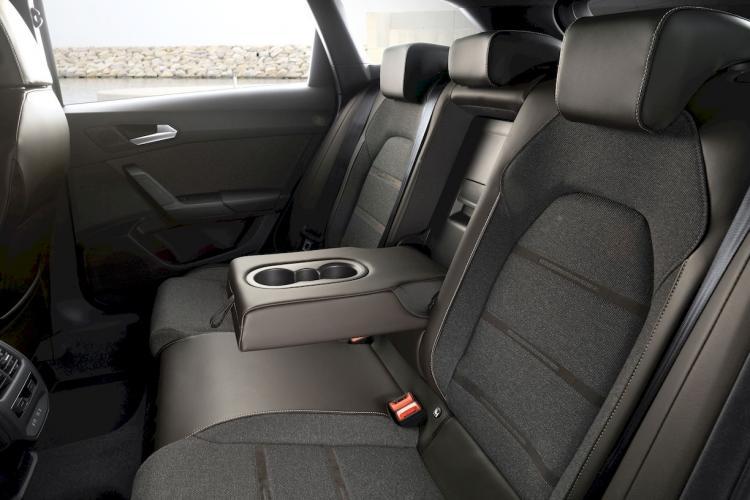 seat-leon-e-hybrid-hibrido-enchufable-moveco-12