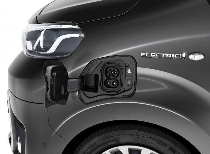 toyota-proace-electric-moveco-1