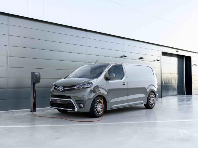 toyota-proace-electric-moveco-9