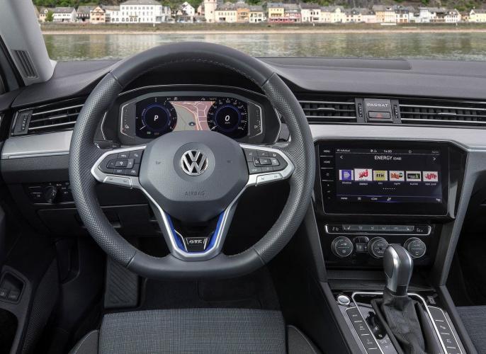 volkswagen-passat-variant-gte-passat-variant-moveco-16