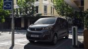 Peugeot_e-Traveller-02@2x