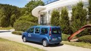 Renault_Kangoo_Maxi_ZE33-06@2x