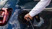 fiat-500-berlina-action-hatchback-2020-16@2x