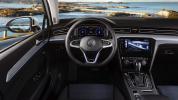 Volkswagen_Passat_GTE__2020-06@2x
