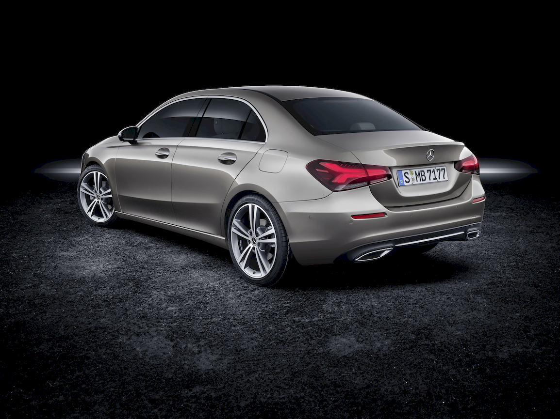 mercedes_clase_a_eq_hibrido_enchufable_7_moveco