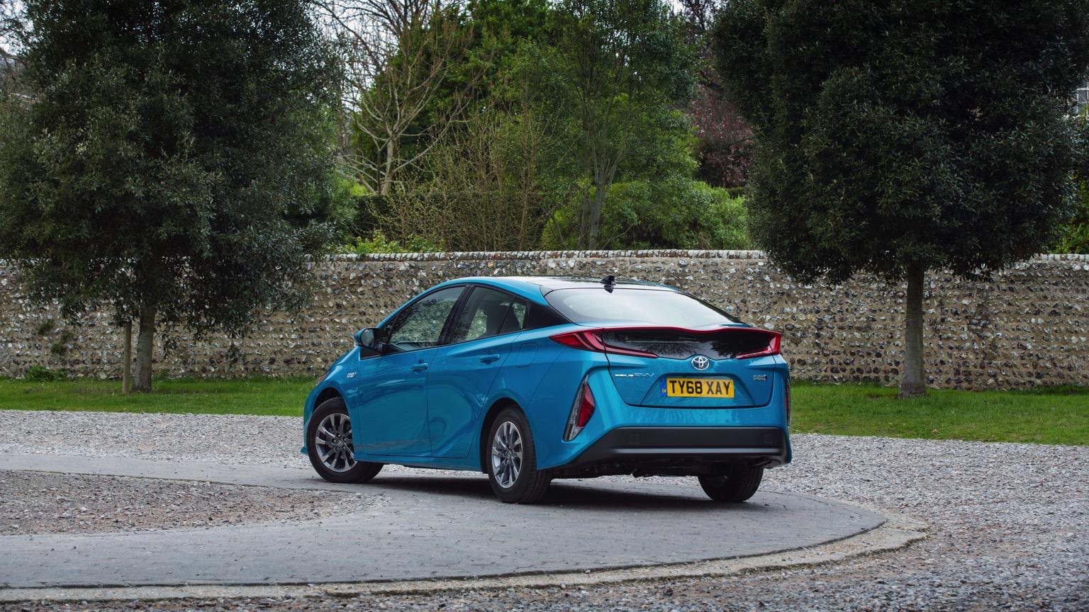 Toyota_Prius_Plug-in_Hybrid-2019-02@2x